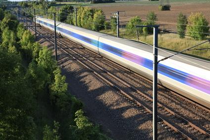 TER Lyon-Ambérieu et TGV Paris-Bourg