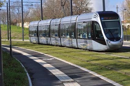 Tram-train Trévoux-Sathonay