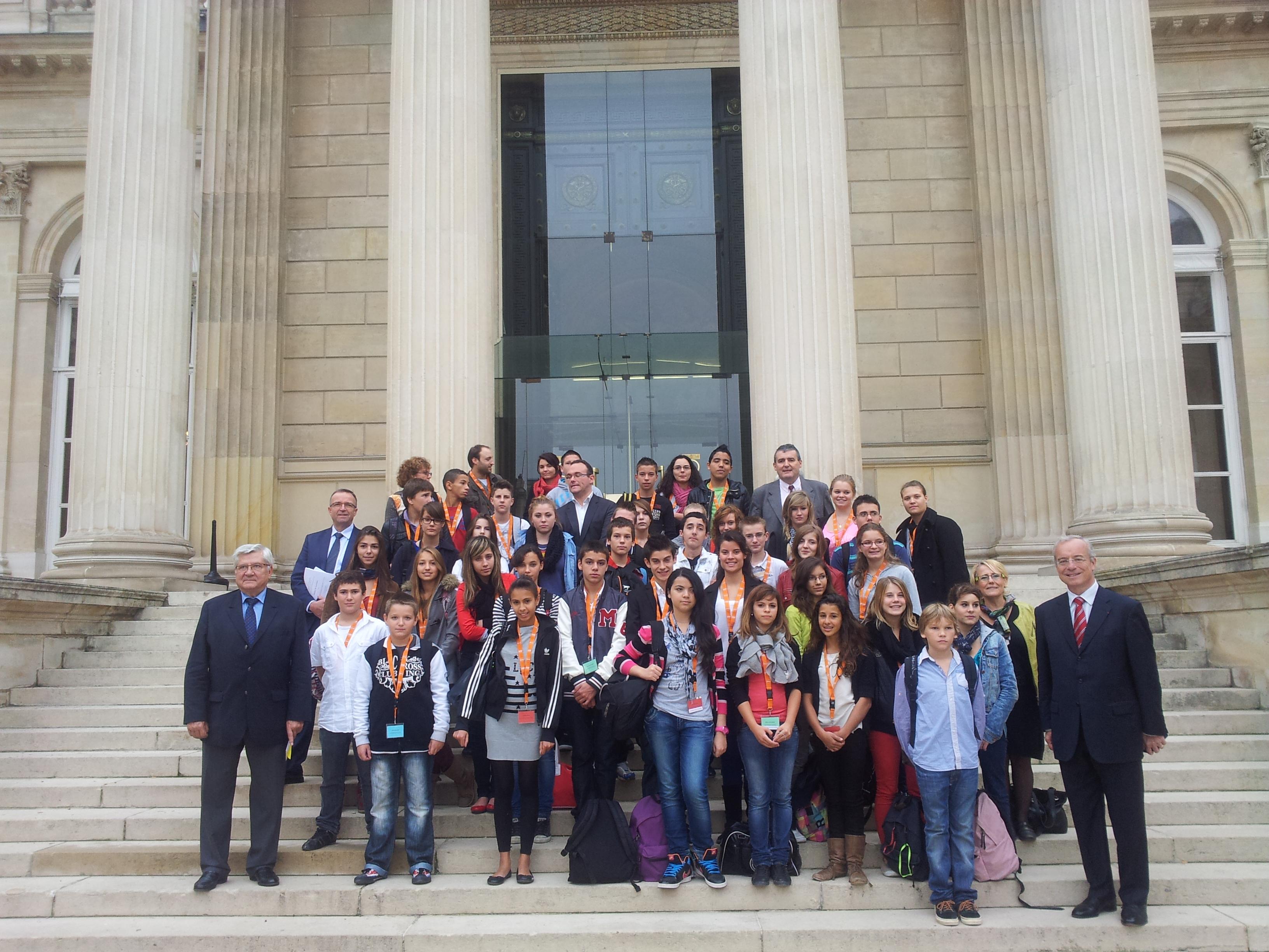 Les «Conseillers généraux jeunes» à l'assemblée nationale