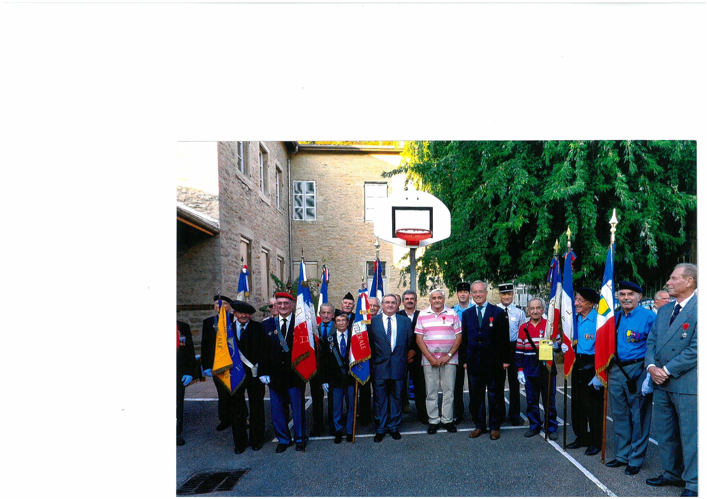 Saint-Sorlin-en-Bugey : remise de médaille