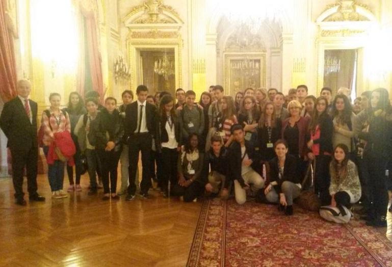 les Conseillers généraux «jeunes» de l'Ain visitent l'Assemblée nationale