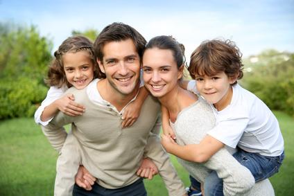 Attaques du gouvernement contre les familles
